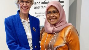 UN-Habitat's Executive Director Maimunah Mohd Sharif and the Norwegian Mapping Authorithy's Director-General Anne Cathrine Frøstrup (Photo credit: Kartverket)