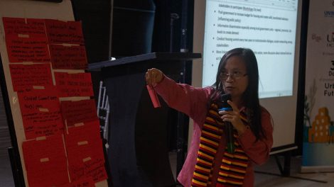 Ms. Karla Santos facilitates an action planning session at the summit